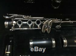 CLARINETTO CLARINET YAMAHA 250 sib USED 3 TIMES USATO 3 VOLTE WITH MARCH STAND