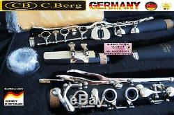 Klarinette deutsches System 21 Klappen German-System Clarinet Holzstruktur