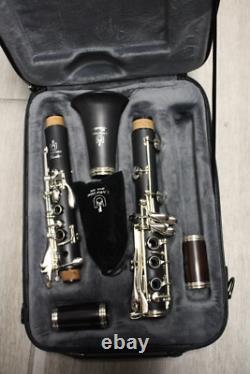 Uebel Etude-l Clarinet with 18 key. Grenadilla Barrels. Eb Lever