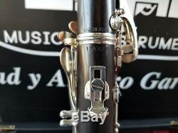 Yamaha YCL-650 Silver Keys Wood Bb Clarinet Silver Keys Professional